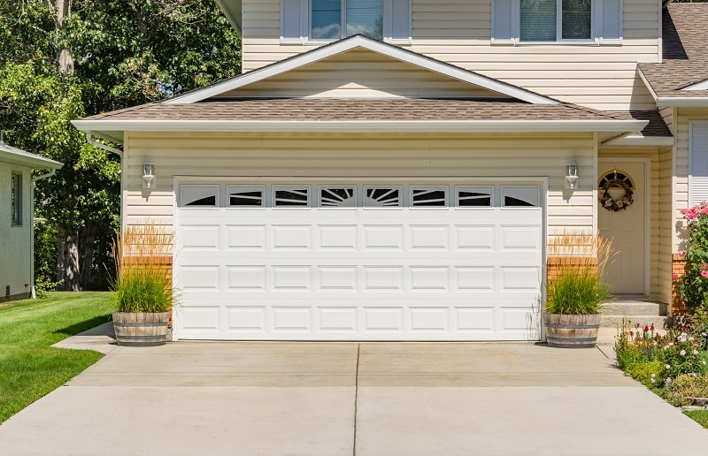 Factors That Affect Garage Door Prices