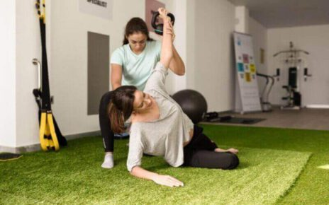 How to Choose the Best Physiotherapist in Gurgaon for a Back pain